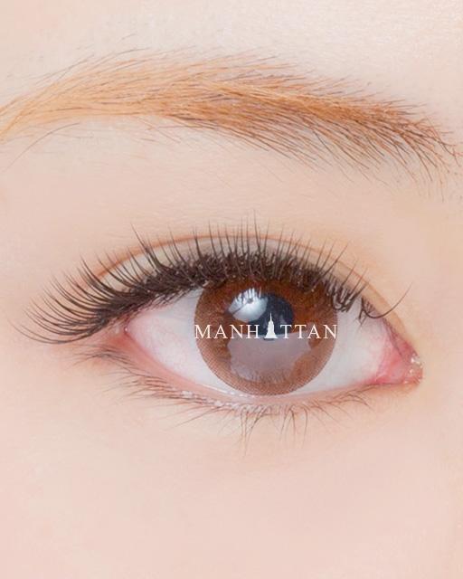 Natural(ナチュラル) 目の形に合わせて、自まつげに近い長さにし、ふんわりした柔らかい印象に仕上げました